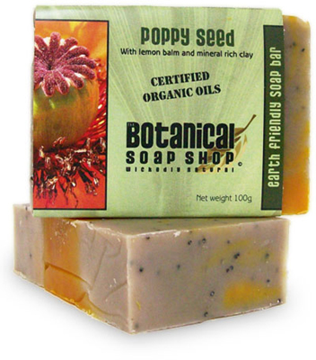 Poppy seed with lemon balm and mineral rich clay