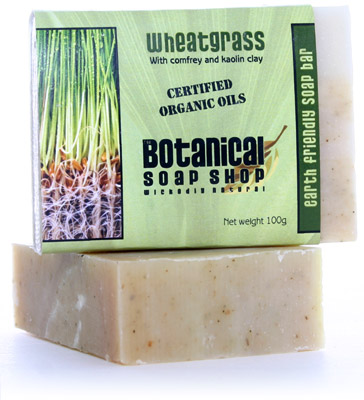 Wheatgrass with comfrey and kaolin clay soap